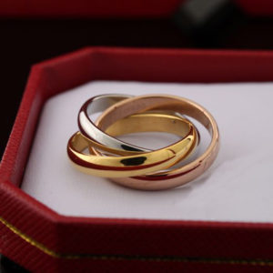 кольцо картье cartier
