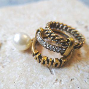 кольцо J'ADIOR
